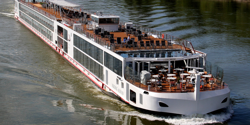 1548638500.2243_676_Viking_river_cruises_long_ship_badic_exterio.jpg